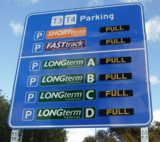 t2-parking-digital-signage-1