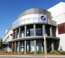 Shoping-Centre-Signage---Claremont-Quarter