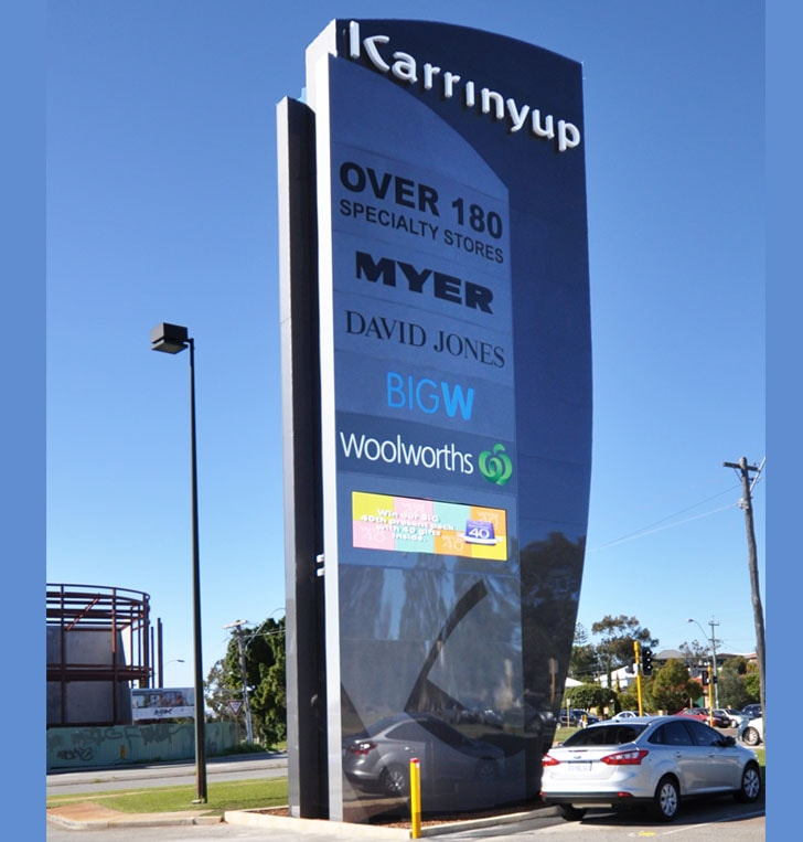 Perth pylon signage digital screen